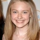 Dakota Fanning entrando a la adolescencia