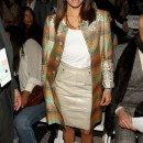 Eva Longoria luciendo un corte muy clasico en la semana de la moda en Nueva York