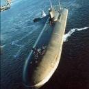 Submarino Nuclear en alta mar haciendo inspecciones de rutina