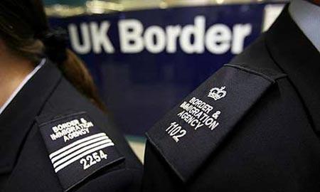 oficiales de inmigracion