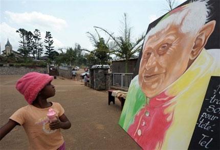 Benedicto en Africa