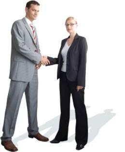 Ejecutivos dandose la mano en un entorno empresarial