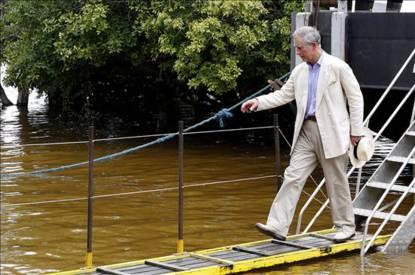 Príncipe Carlos en Galápagos