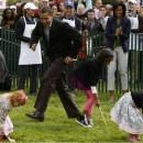 Obama jugando con niños