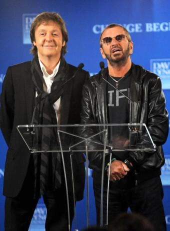 Paul McCartney y Ringo Starr en concierto