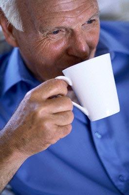 Tomar cafe previene desarrollar alzheimer