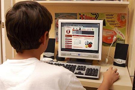 menos de 14 años en internet