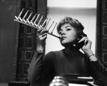 Sujetador para un paquete de cigarrillos