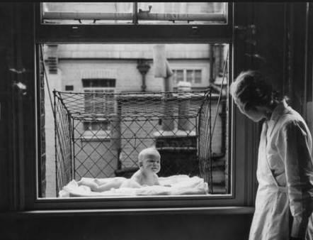 Cuna colgable de ventana para bebé