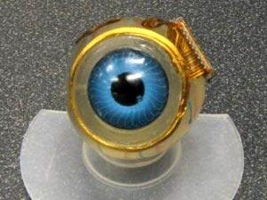 implante ocular desarrollado por investigadores del MIT