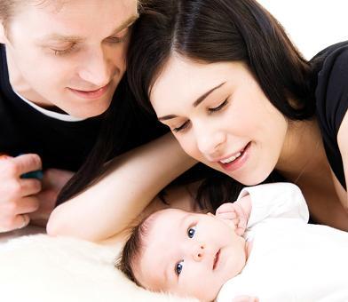 presencia del padre en el parto puede hacerlo mas difícil y largo
