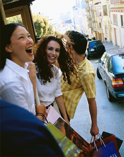 Personas felices en el fin de semana