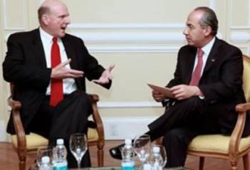 Felipe Calderon y Steve Ballmer charlando