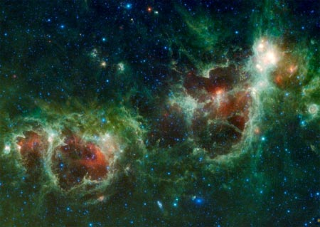 Nebulosa con forma de corazon humano
