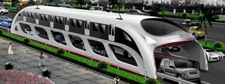 Gran autobus en China que viaja por arriba de los autos