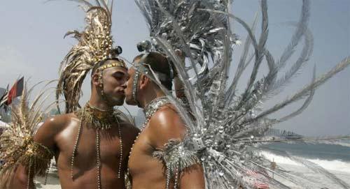 romans holiday gay jpg 853x1280