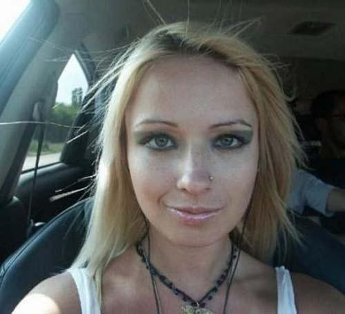 Barbie Humana sin maquillaje