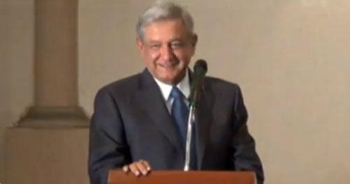 AMLO propone plan nacional para la Defensa de la Democracia y Dignidad de México