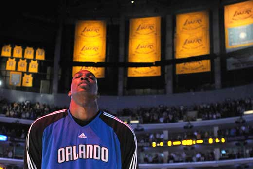 Dwigth Howard jugará para Los Angeles Lakers