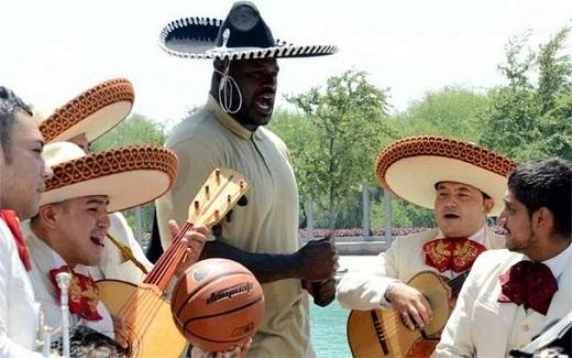 Shaq visita Mexico