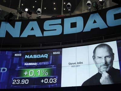 Apple rompe récord en Bolsa y se vuelve la más valiosa