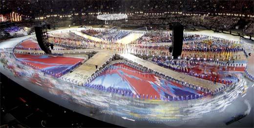 Cierre de las olimpiadas 2012 en Londres con música británica.