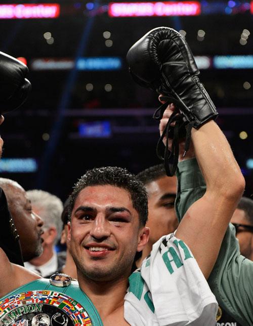 Josesito López gana pelea