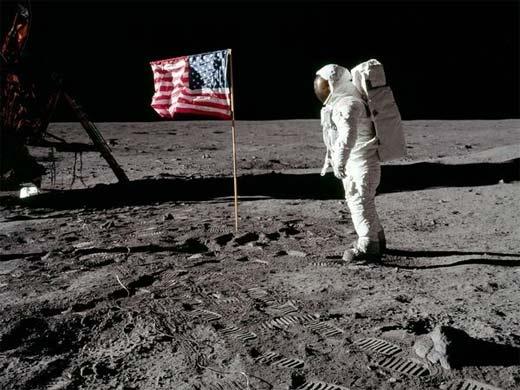 El astronatura Neil Armstrong muere con historia sobre aterrizaje Lunar,