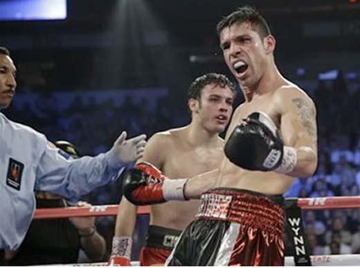 Maravilla Martínez vence indiscutiblemente a Chávez Jr. y es el nuevo campeón