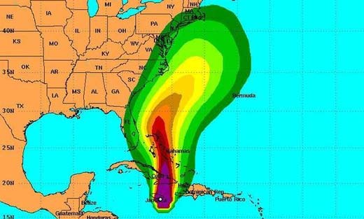 Huracán Sandy cerca de Estados Unidos y próximo a llegar con su furia