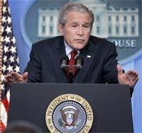 Bush pide a los republicanos una reforma migratoria porque considera a los ilegales como buenos seres humanos