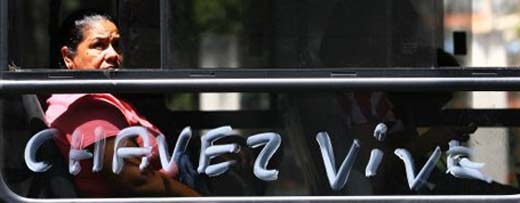 Hugo Chávez vive en el pueblo venezolano, que lo aclama y quiere su recuperación