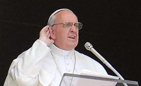 Papa Bergoglio quiere renovar la iglesia catolica en el nombrte de Jesús