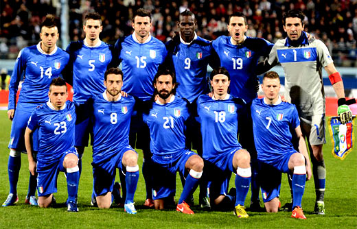 Italia alineacion copa
