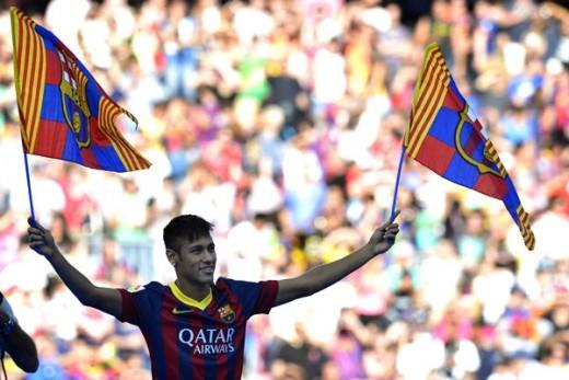 Neymar es presentado