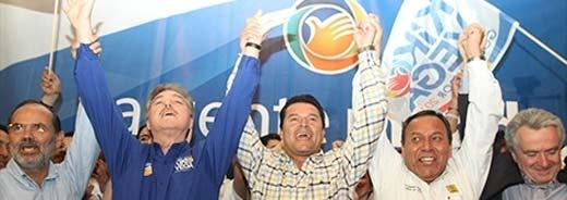 Kiko Vega se declara gobernador con 5 por ciento de ventaja