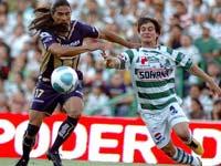 Pumas contra Santos en la Jornada 13