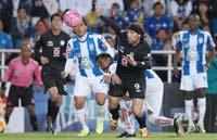 Cruz Azul enfrenta a Pachuca en el estadio azul
