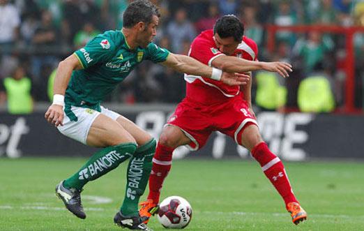 León enfrenta al Toluca con un gol de ventaja