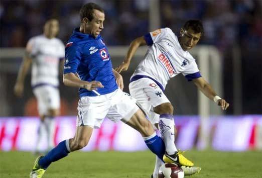 Cruz Azul contra Monterrey en el Estadio Tecnológico
