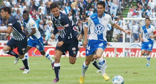 Club Puebla contra Rayados de Monterrey, juego de la Jornada 6