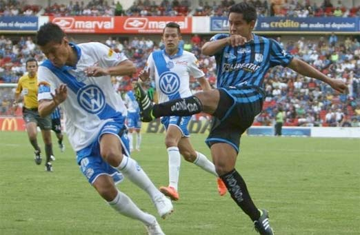 Querétaro enfrenta al Puebla con el debut de Ronaldinho
