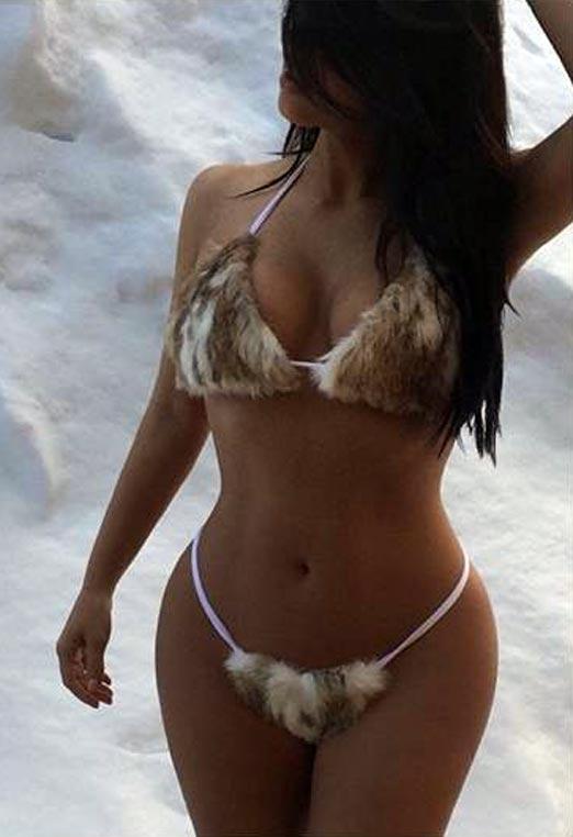 Kim Kardashian en bikini peludo diseñado por Kanye West