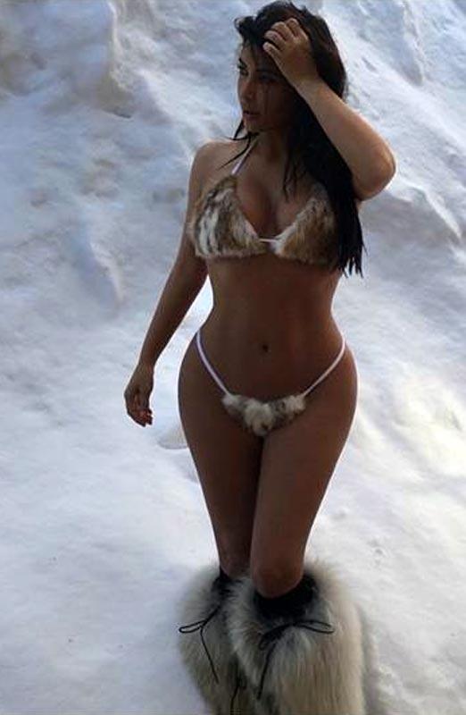 Kim Kardashian luciendo un furkini en pleno invierno
