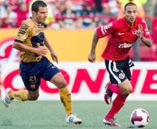 Xolos enfrenta a Pumas en Tijuana, en el Estadio Caliente