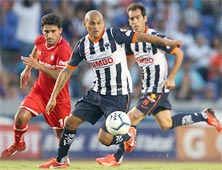 Toluca enfrenta a Monterrey en el Estadio Tecnológico