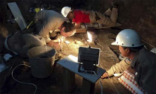 Arqueólogos descubren mercurio líquido en pirámide mexicana