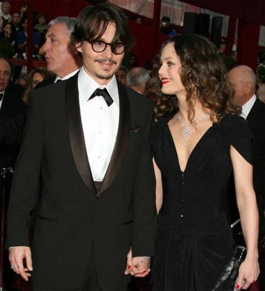 Lily-Rose Melody Depp, en compañía de su padre el actor Johnny Depp