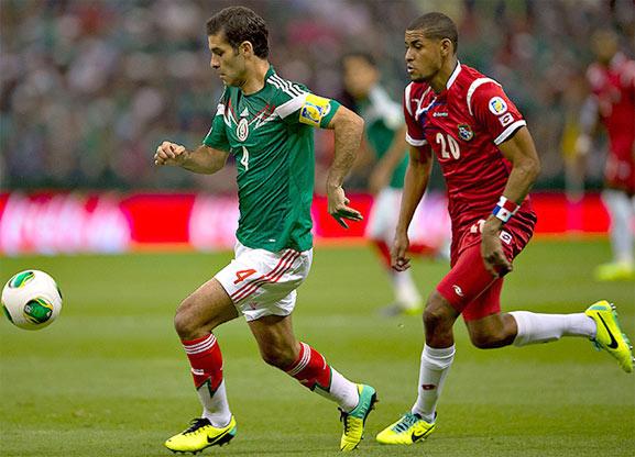 México enfrenta a Panamá en semifinales