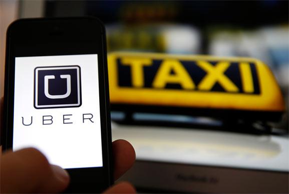 Uber aceptaría pagos en efectivo